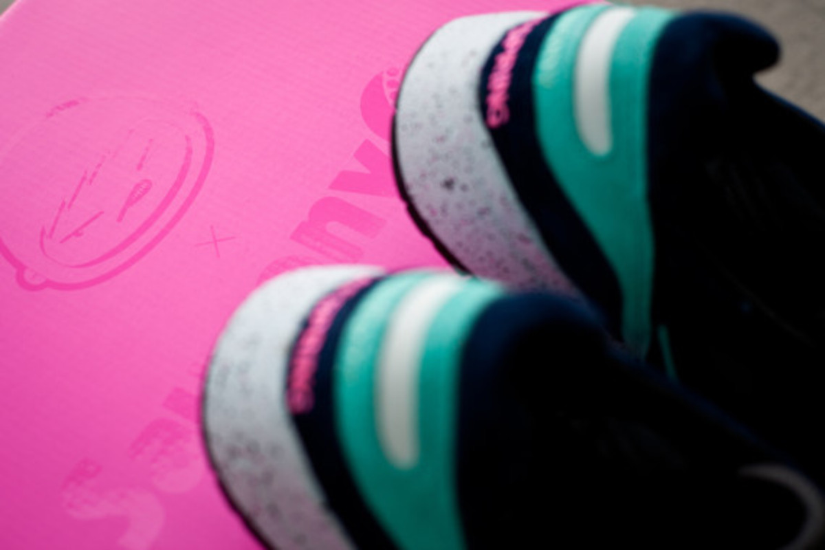 offspring-saucony-shadow-6000-running-since-96-c