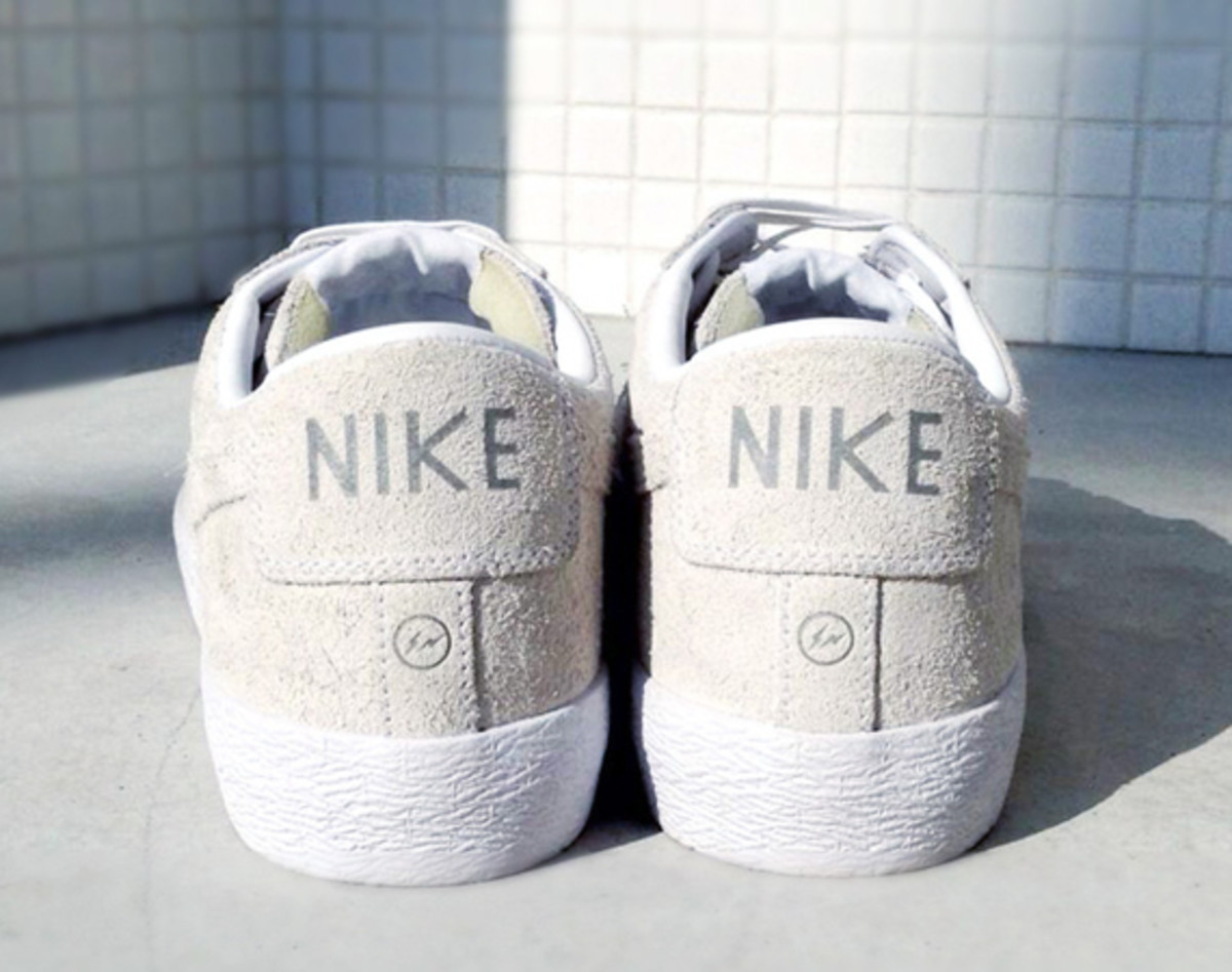fragment-design-nike-blazer-low-sp-for-the-pool-aoyama-01