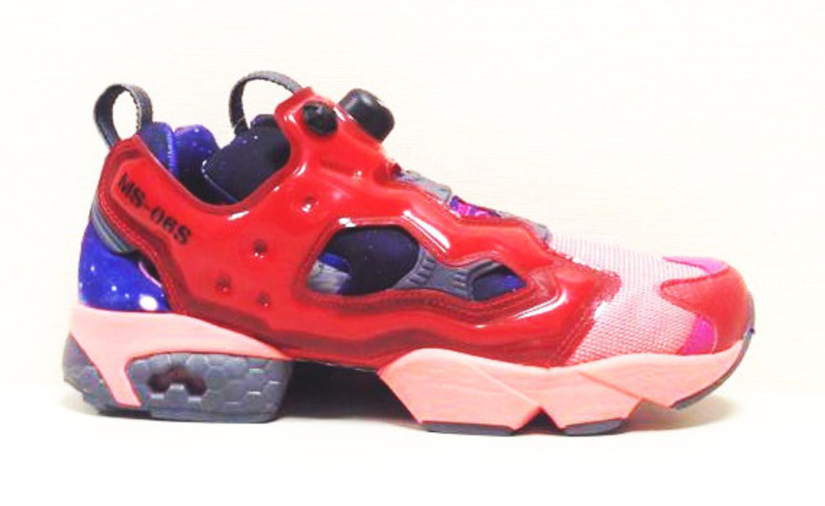 reebok insta pump fury gundam preview freshness mag. Black Bedroom Furniture Sets. Home Design Ideas
