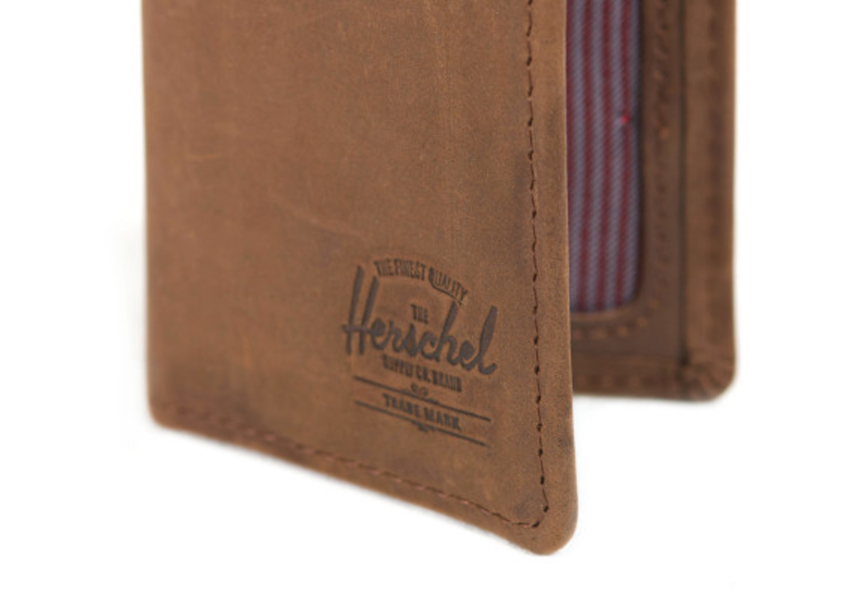 herschel-supply-co-spring-2014-leather-wallets-09