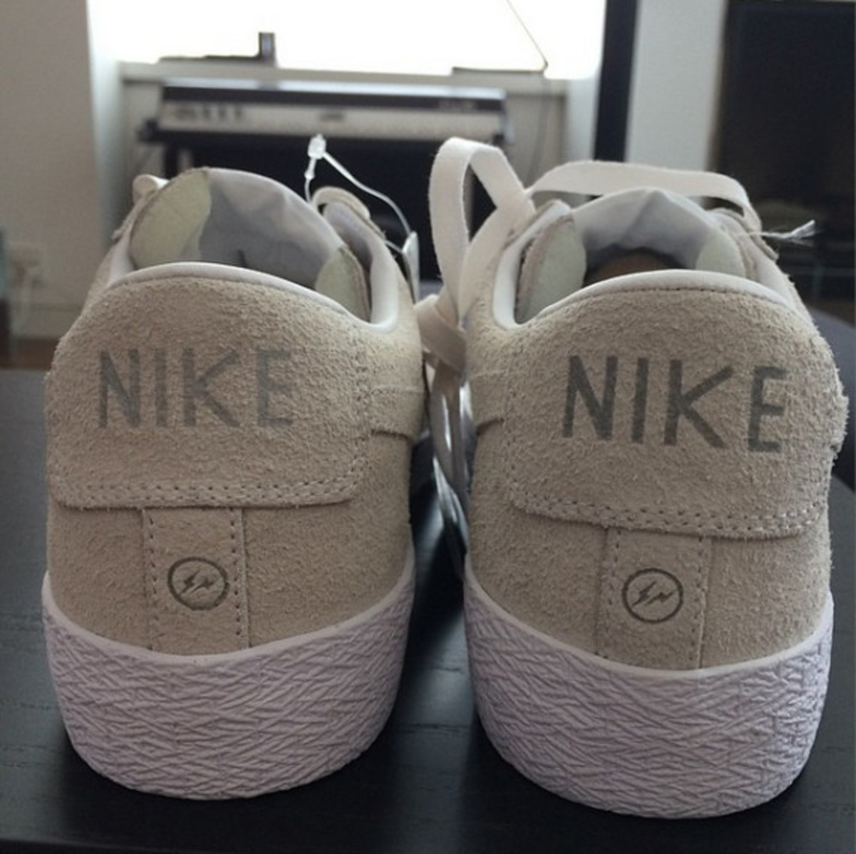 fragment-design-nike-blazer-low-sp-for-the-pool-aoyama-06
