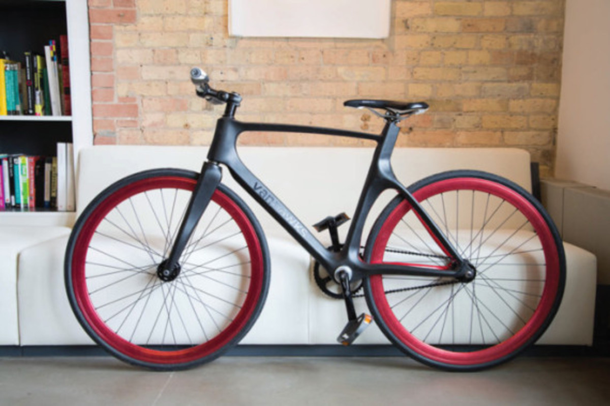 vanhawks-valour-first-ever-connected-carbon-fiber-bicycle-04