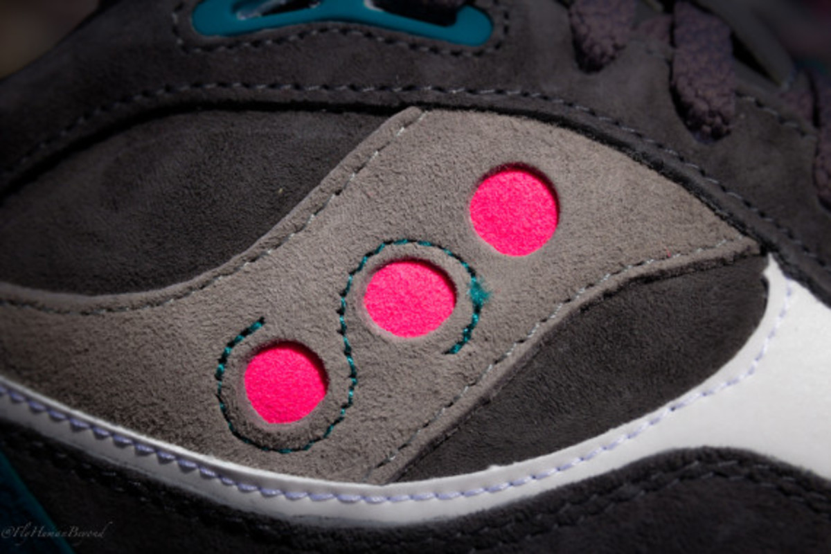 offspring-saucony-shadow-6000-running-since-96-pack-release-reminder-03