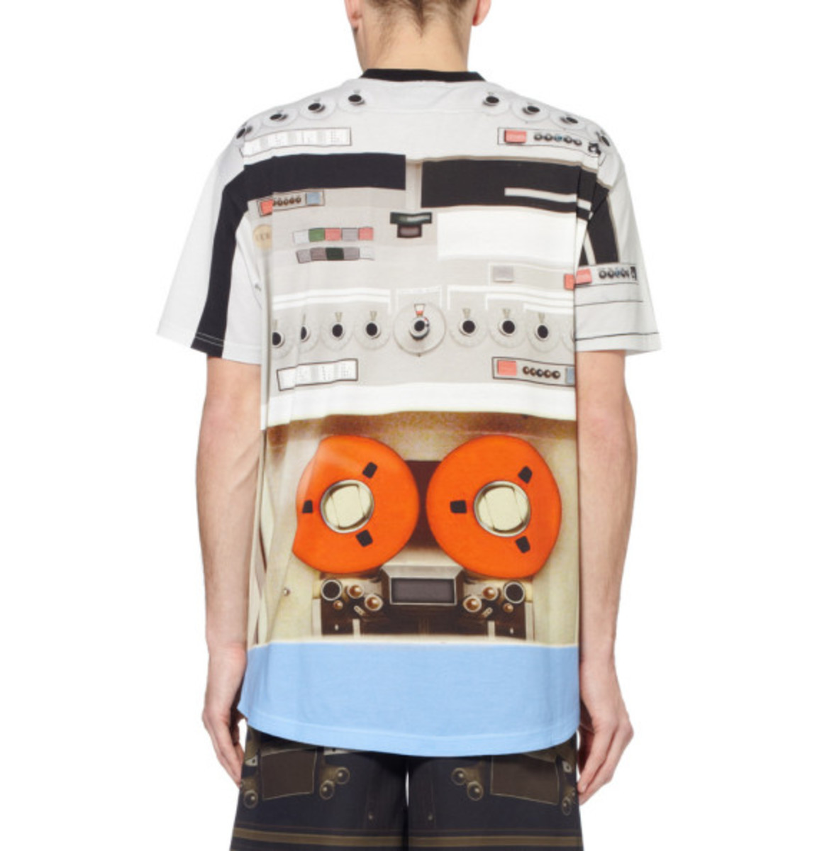 givenchy-tape-deck-print-t-shirt-05