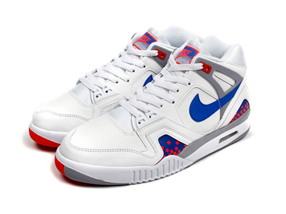 nike-air-tech-challenge-ii-cube-court-03