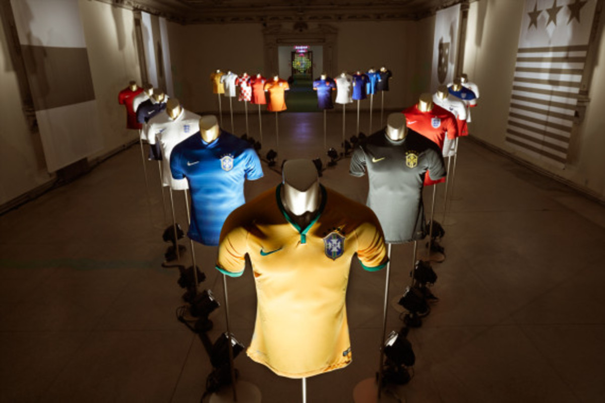 nike-showcases-2014-football-innovations-13