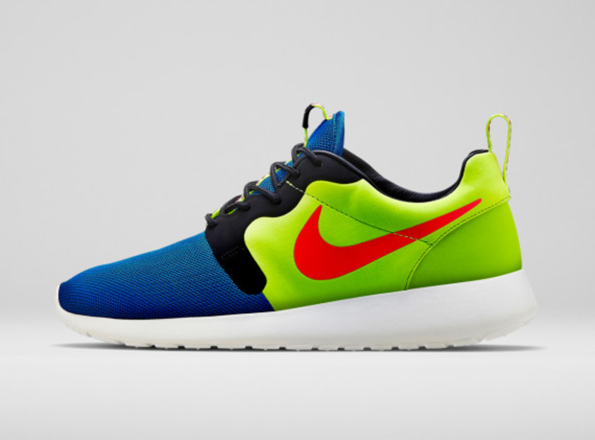 Nike Men's Magista Roshe Run Hyperfuse