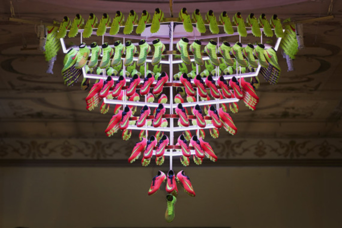 nike-showcases-2014-football-innovations-12