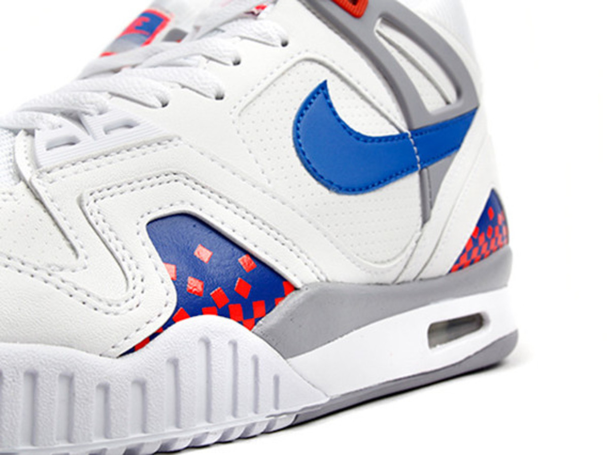 nike-air-tech-challenge-ii-cube-court-06