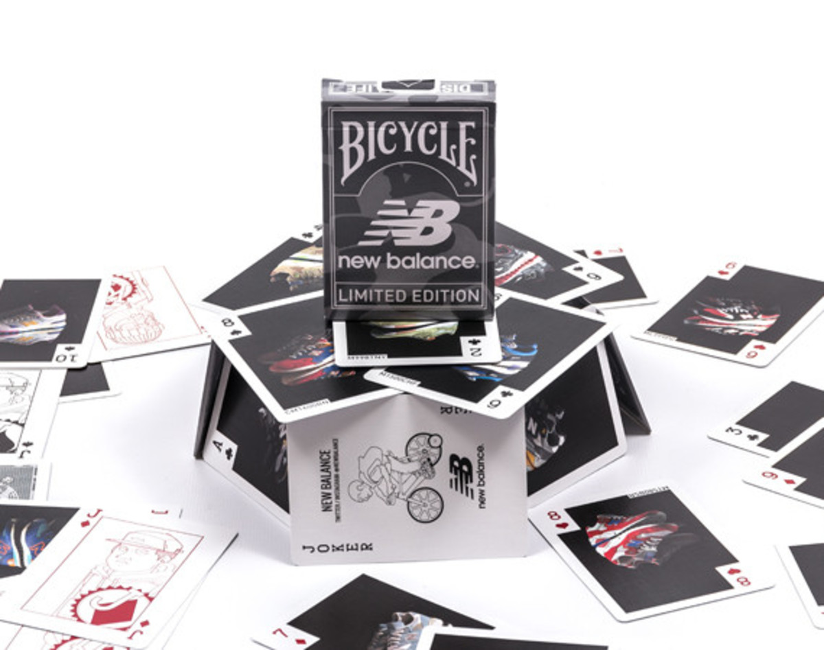 distinct-life-new-balance-bicycle-playing-cards-01