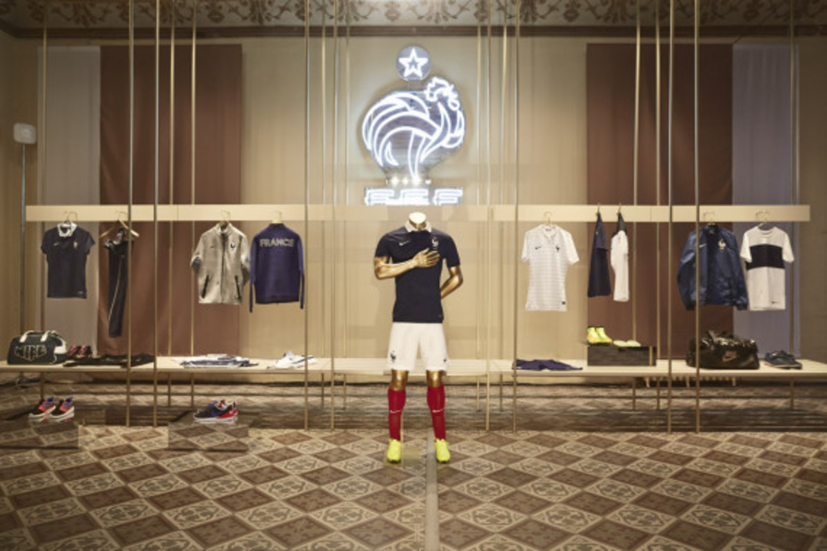 nike-showcases-2014-football-innovations-05
