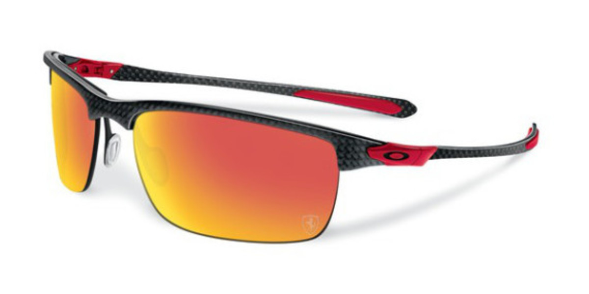oakley-ferrari-partnership-unveiled-04