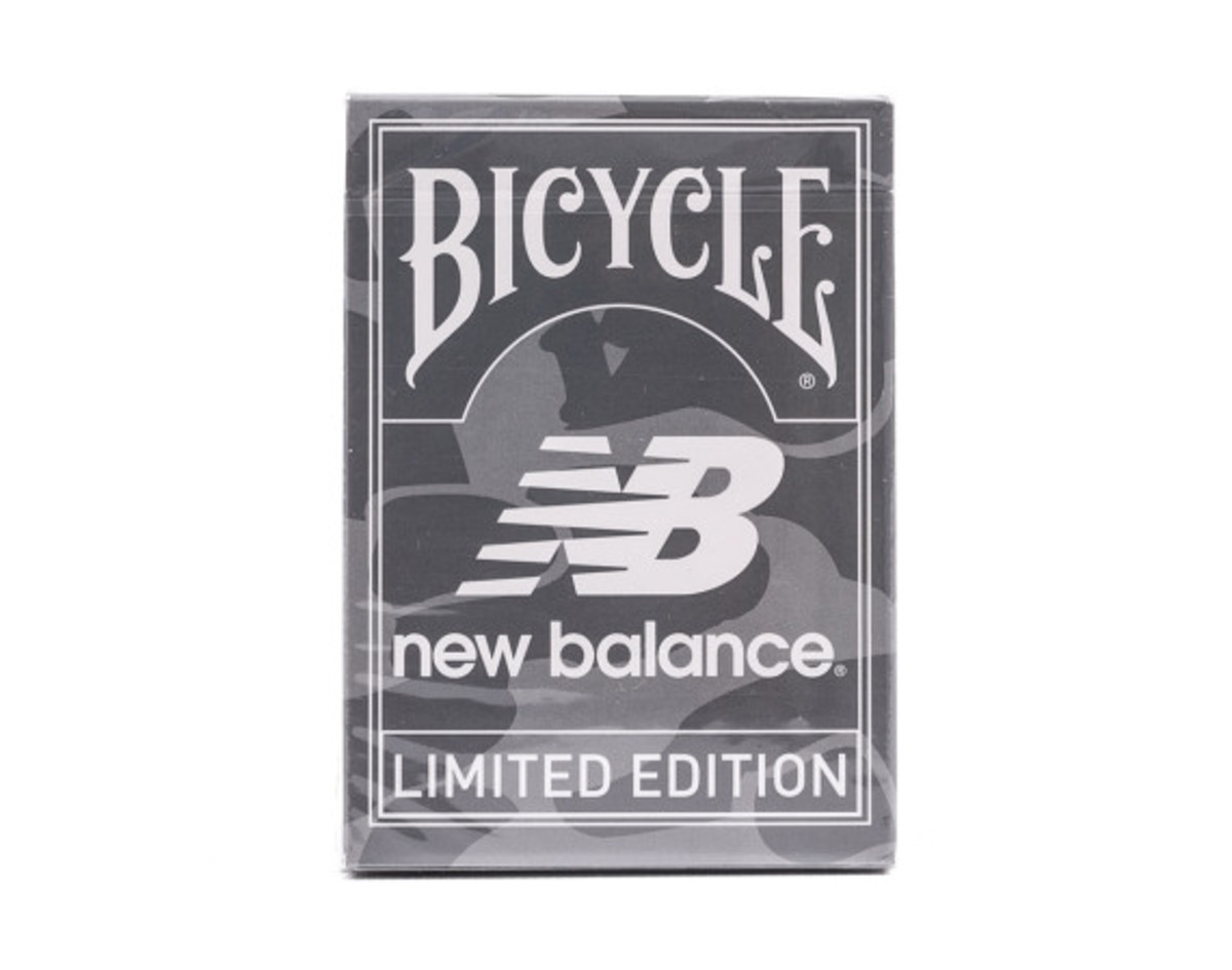 distinct-life-new-balance-bicycle-playing-cards-08
