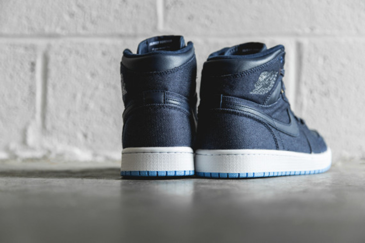 air-jordan-1-retro-high-og-family-forever-03