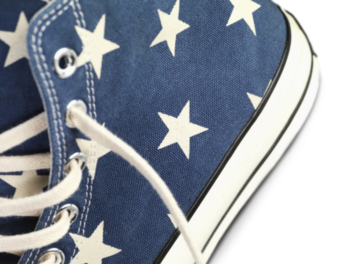 converse-vintage-flag-chuck-taylor-all-star-70-d