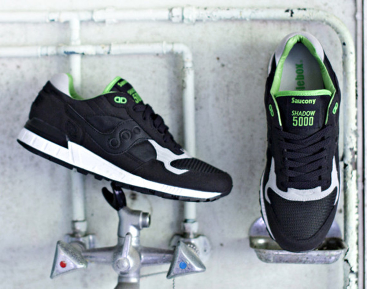 solebox-saucony-shadow-5000-green-lucanid-01