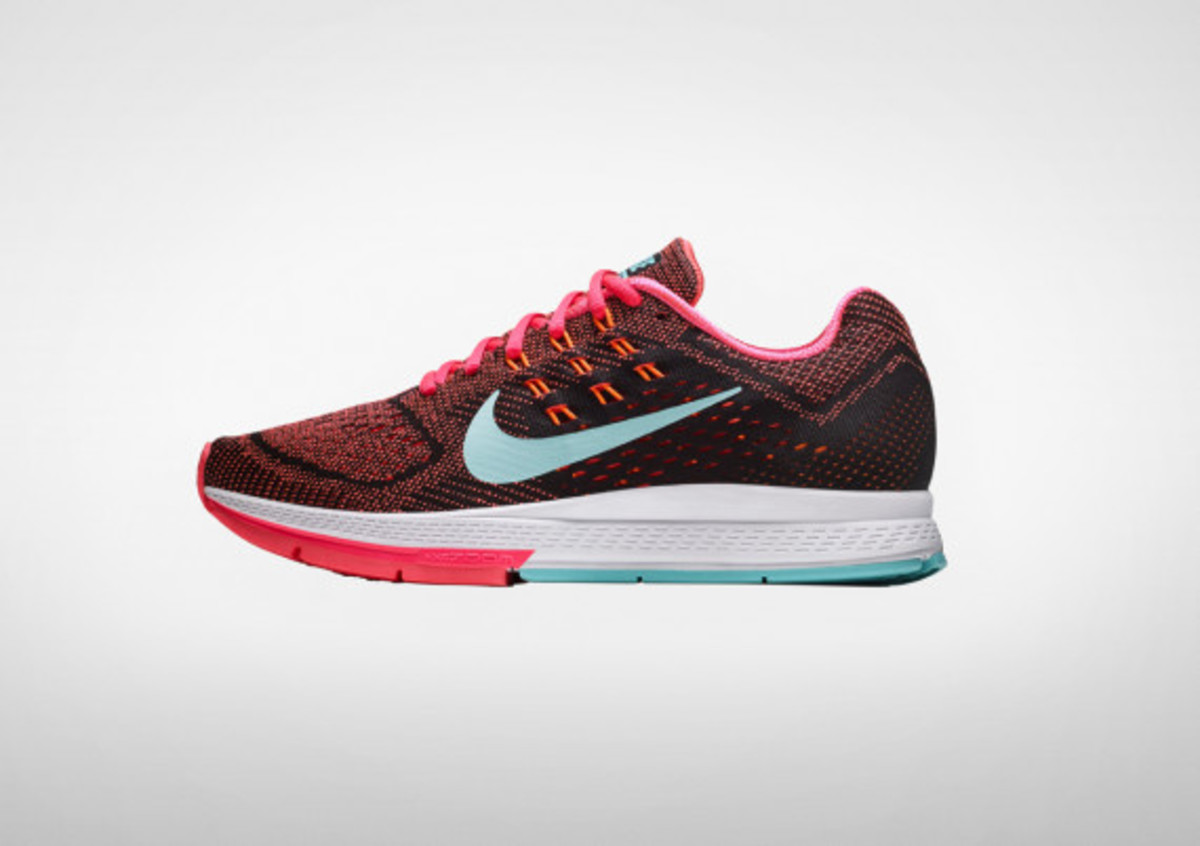 Nike Women's Air Zoom Structure 18