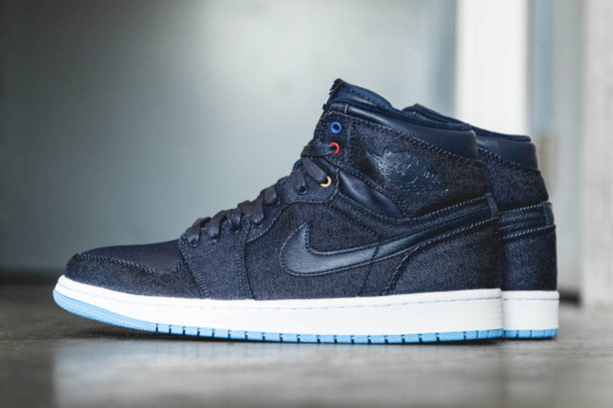 air-jordan-1-retro-high-og-family-forever-02