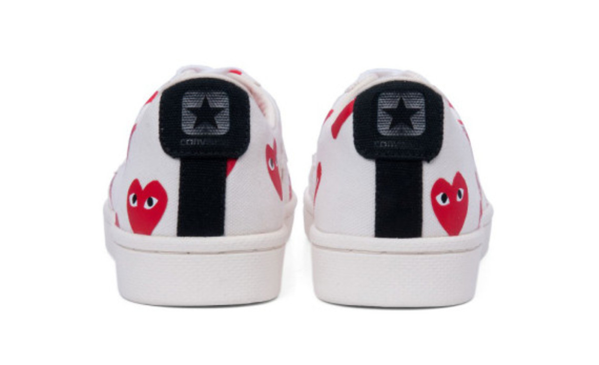 comme-des-garcons-play-converse-pro-leather-collection-10