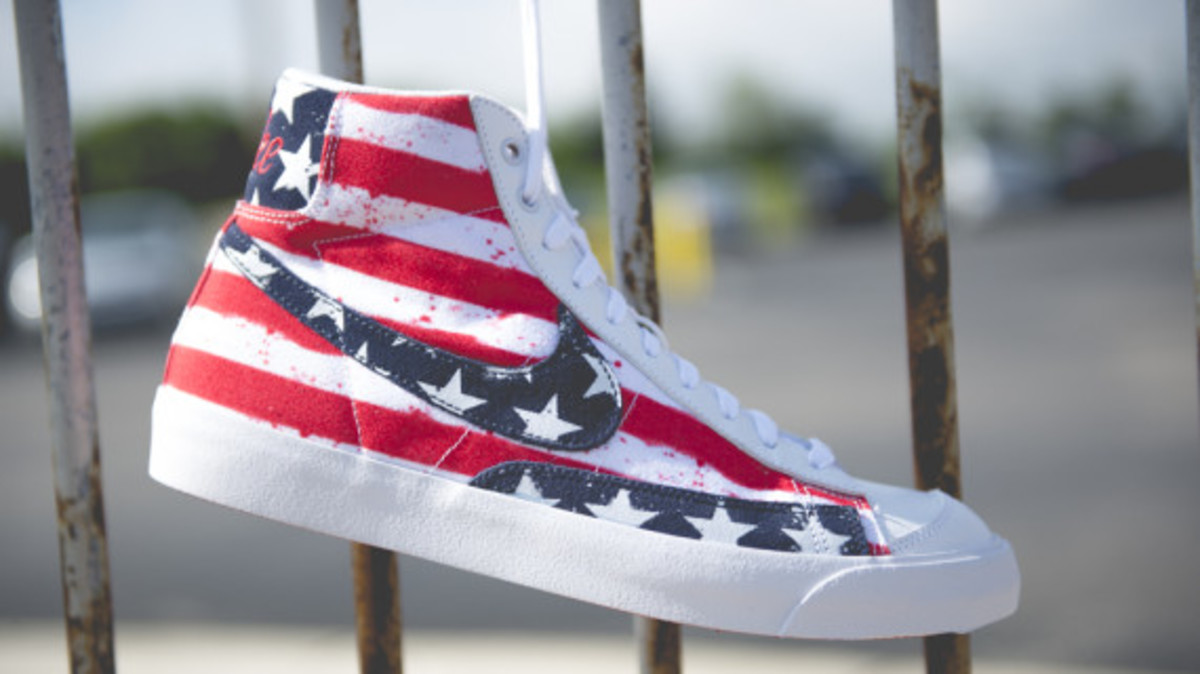 nike-blazer-mid-77-independence-day-05