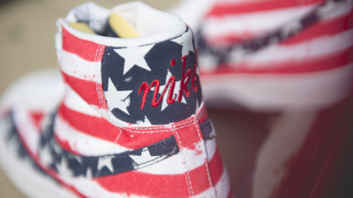 nike-blazer-mid-77-independence-day-09