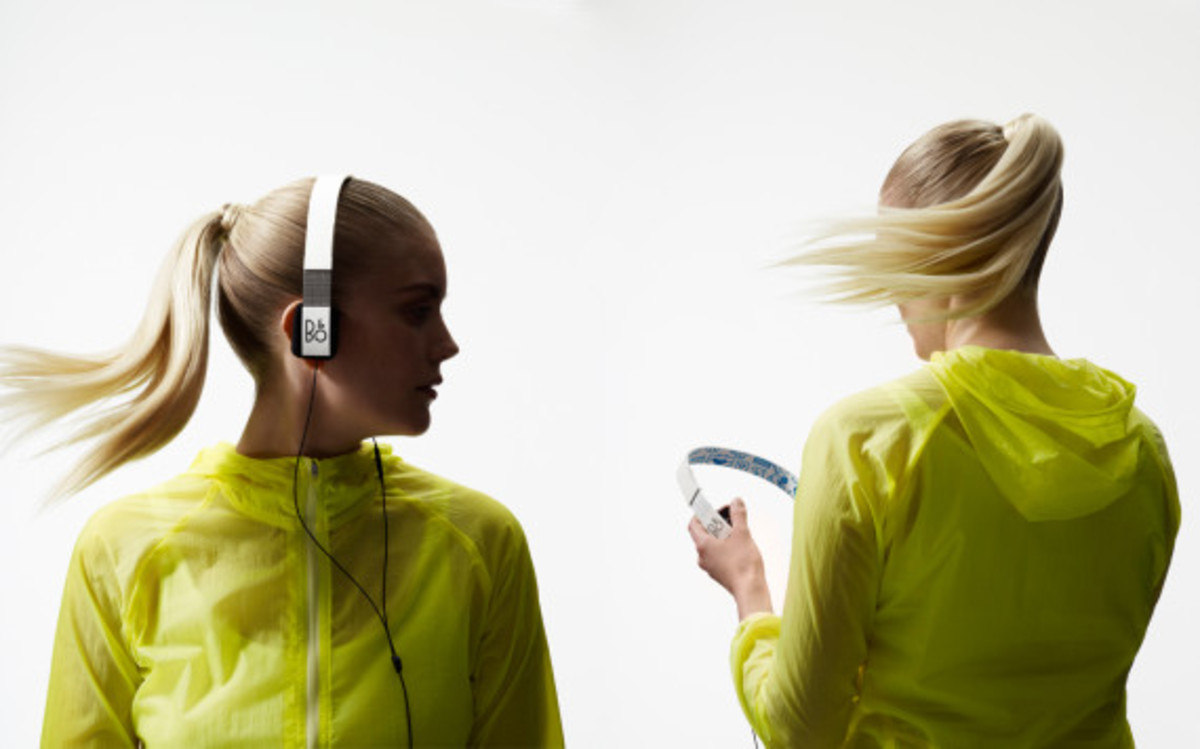 bang-and-olufsen-beoplay-pepsi-street-art-headphones-collection-11