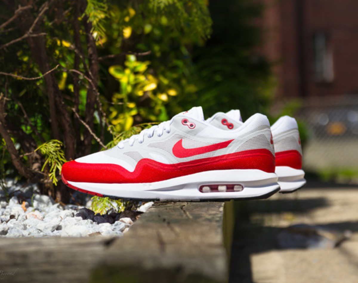 nike-air-max-1-lunar-og-sport-red-01