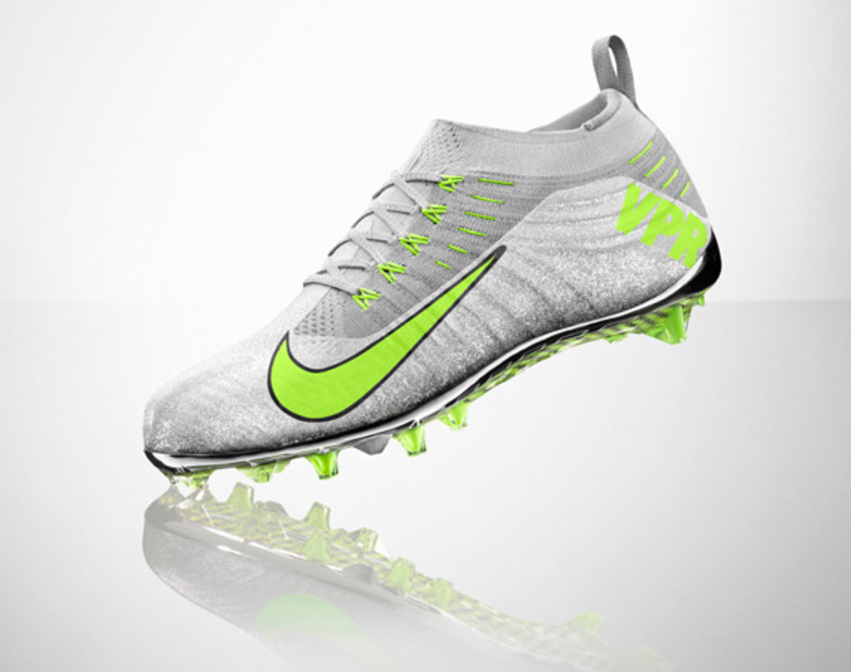 nike-vapor-ultimate-cleat-01