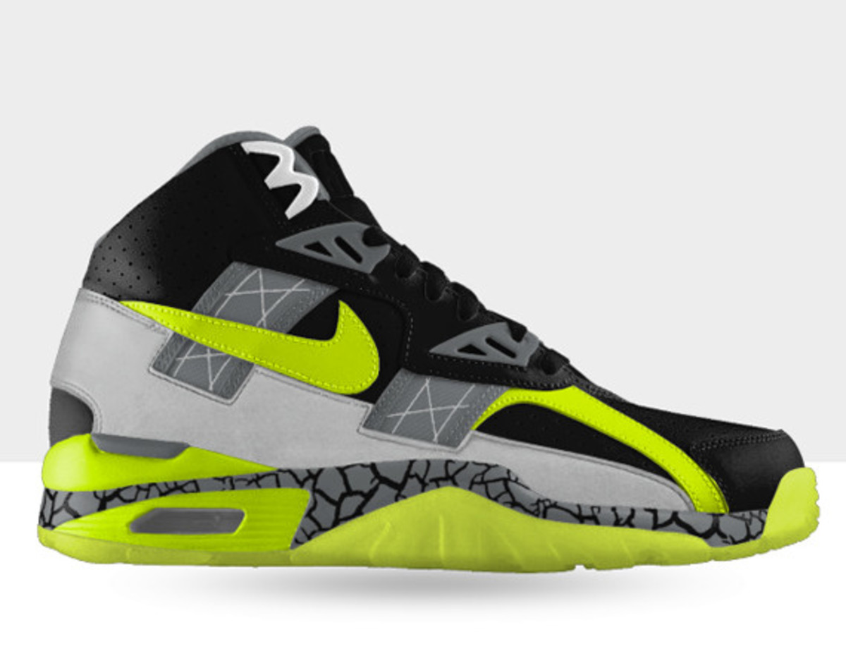 nike-air-trainer-sc-high-id-available-now-00