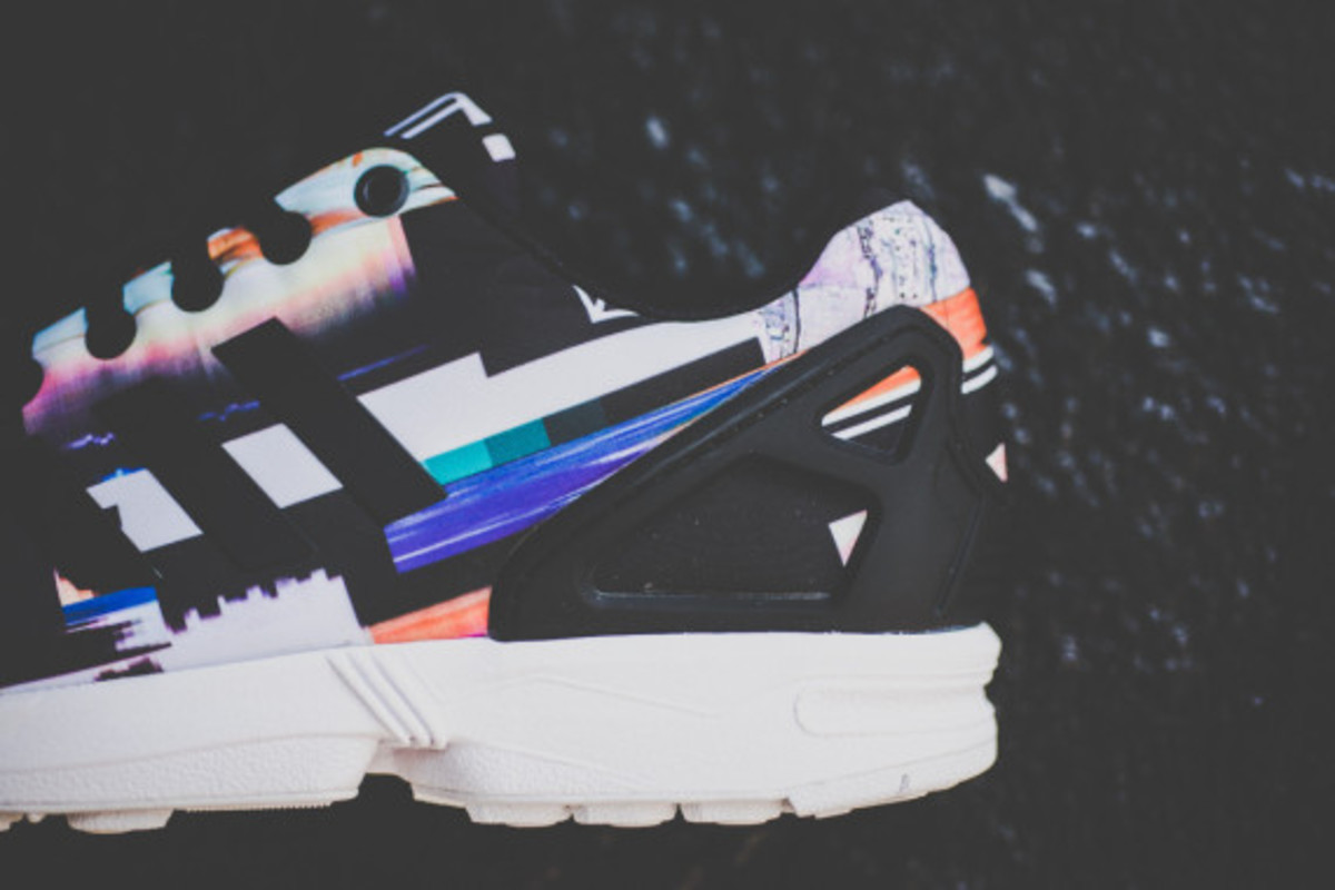adidas-zx-flux-photo-print-pack-cityscape-08