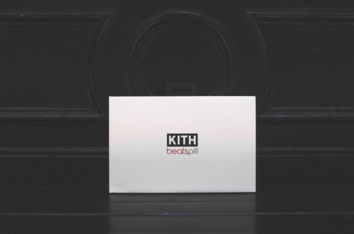 kith-beats-by-dr-dre-studio-headphones-pill-wireless-speaker-11