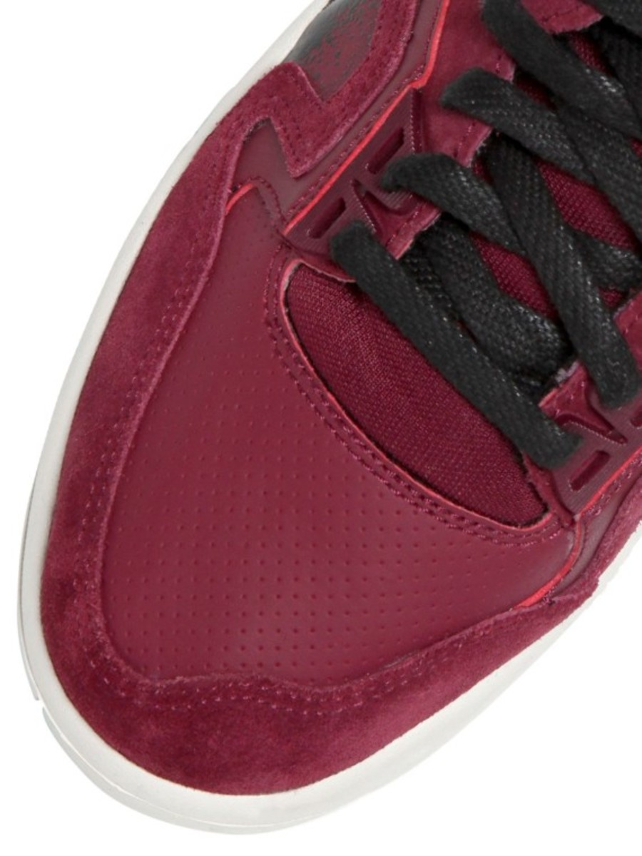 nike-air-tech-challenge-ii-burgundy-suede-04