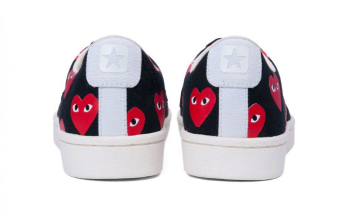 comme-des-garcons-play-converse-pro-leather-collection-13