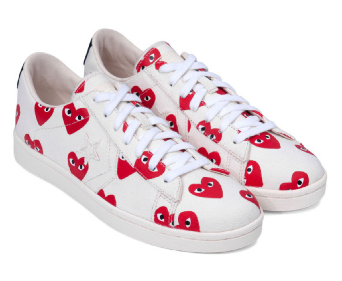 comme-des-garcons-play-converse-pro-leather-collection-09