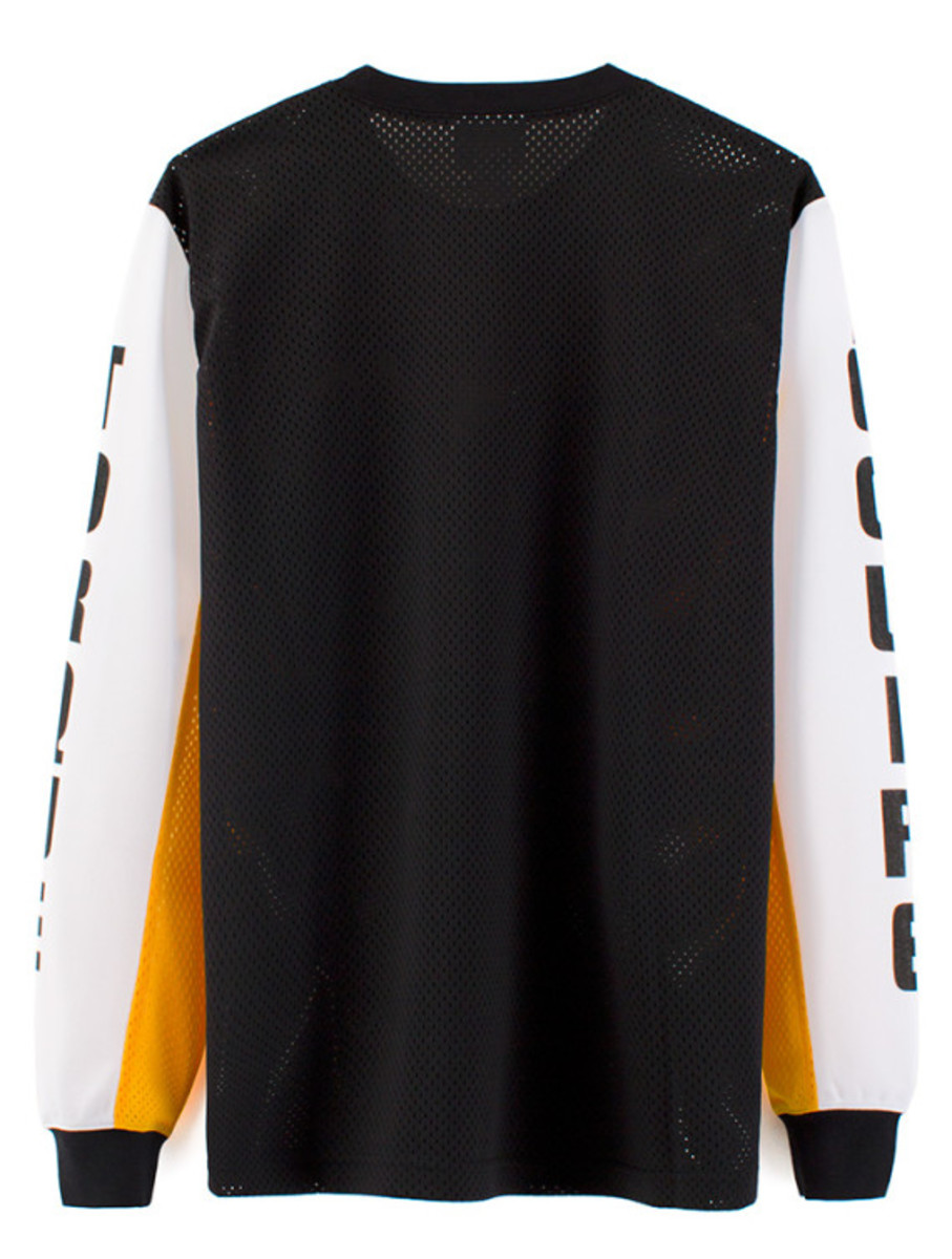 vfiles-sport-plus-debut-collection-05