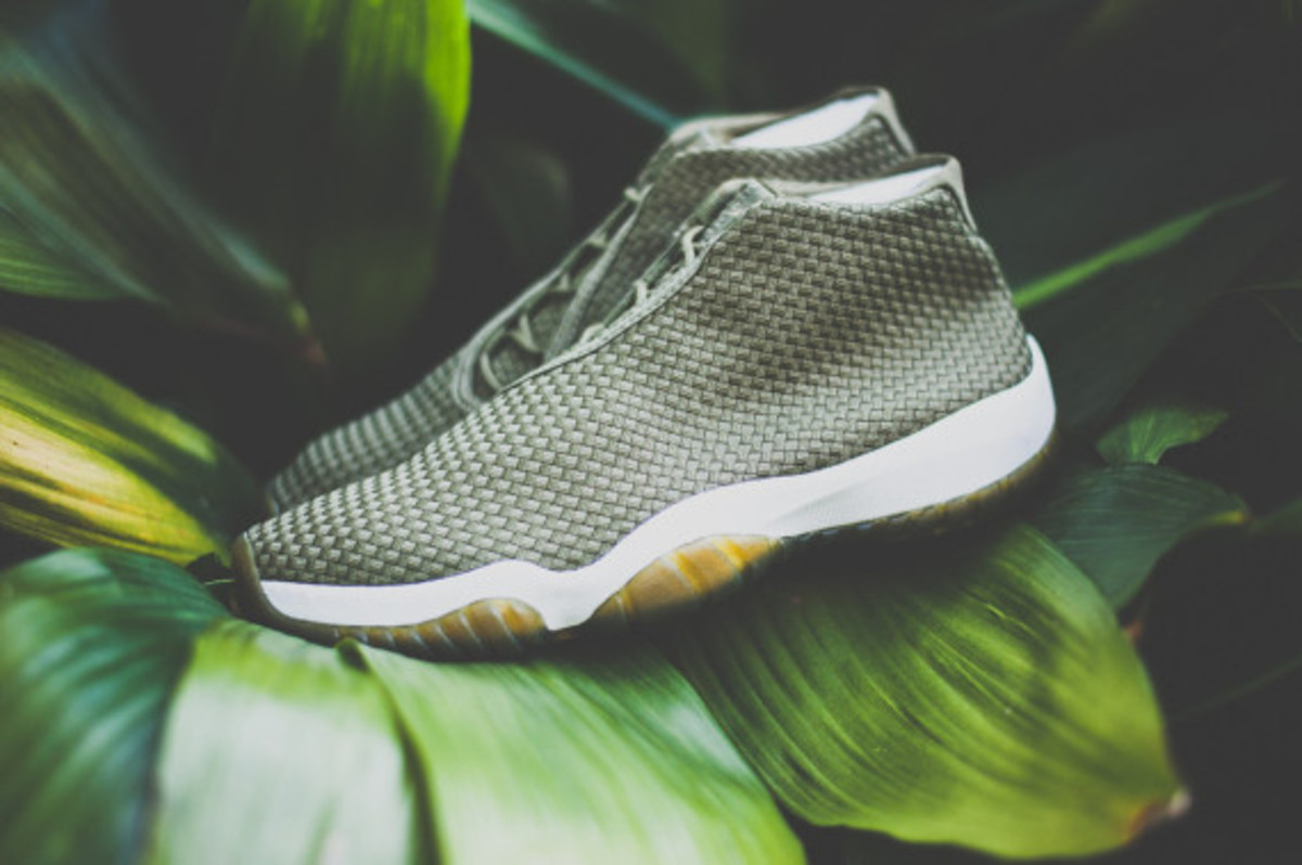 air-jordan-future-iguana-release-reminder-02