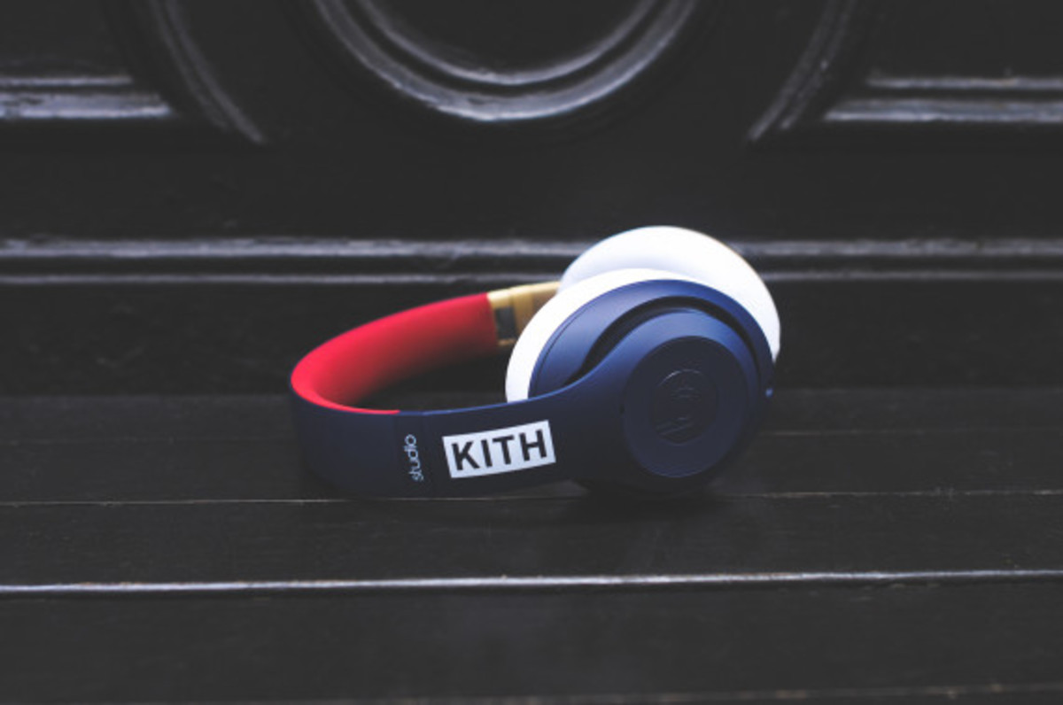 kith-beats-by-dr-dre-studio-headphones-pill-wireless-speaker-06