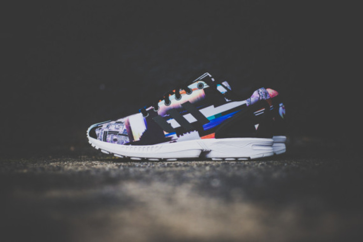 adidas-zx-flux-photo-print-pack-cityscape-09