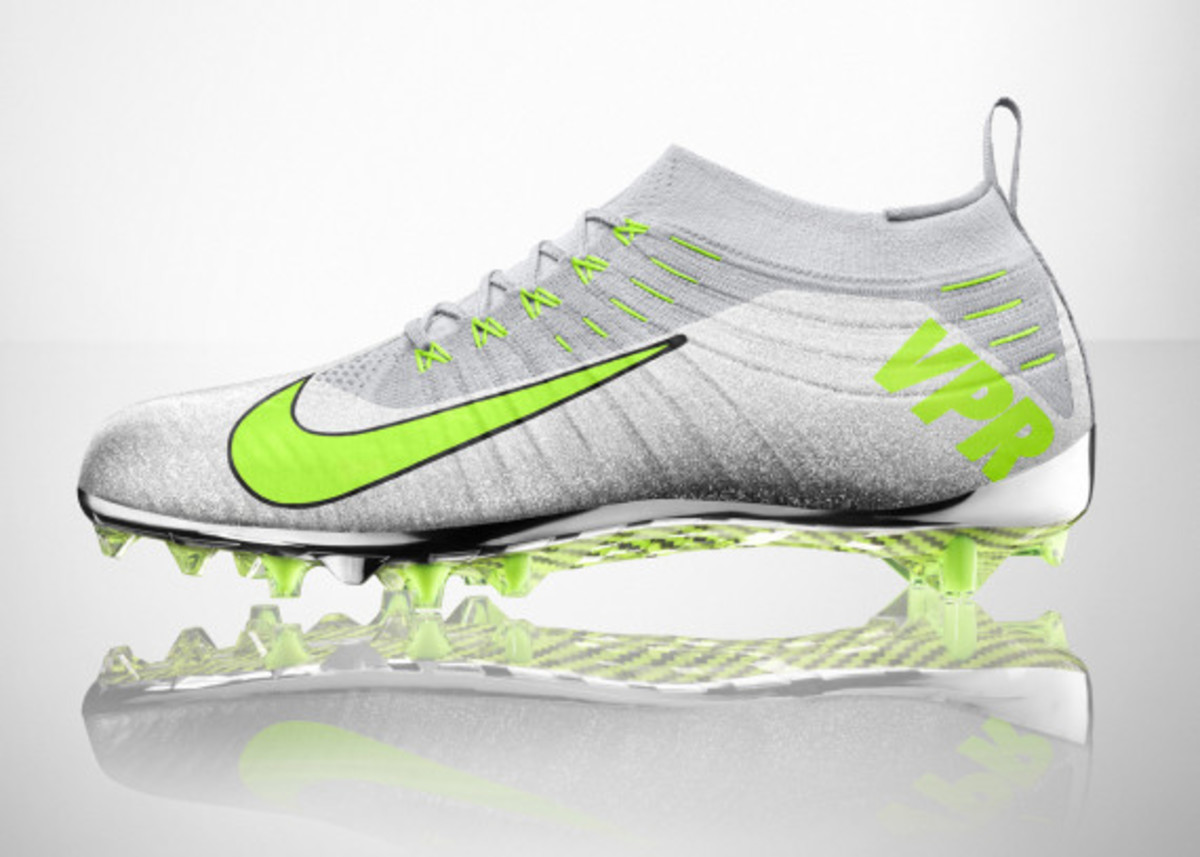 nike-vapor-ultimate-cleat-03