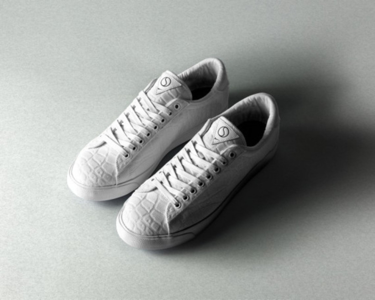 size-nike-tennis-classic-ac-court-surfaces-pack-05