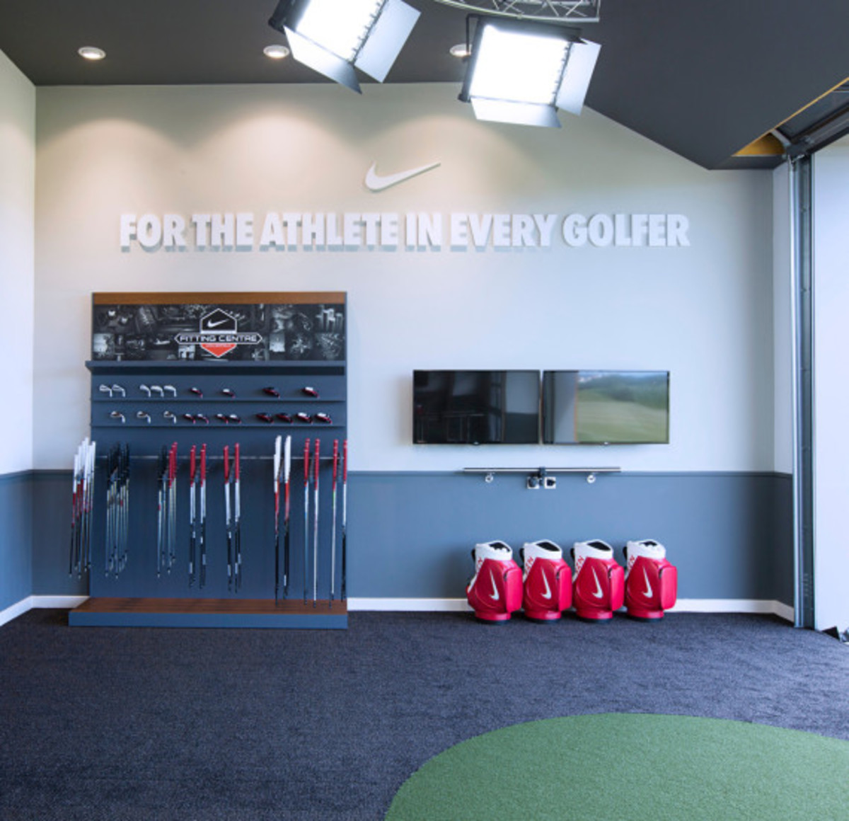 nike-golf-first-nike-performance-fitting-center-04
