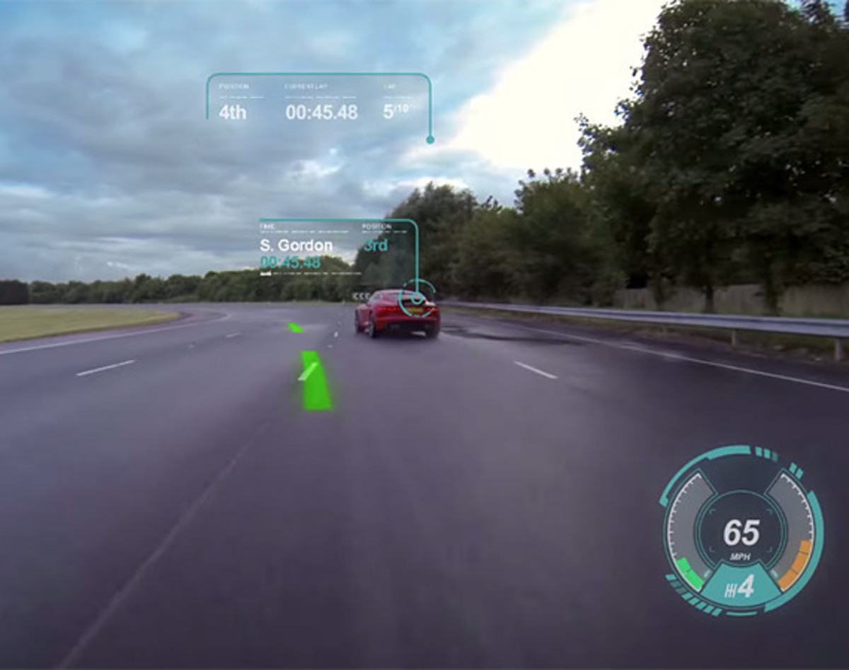 jaguar-unveils-new-virtual-windscreen-concept
