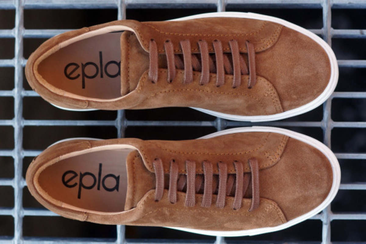 epaulet-tennis-shoe-14