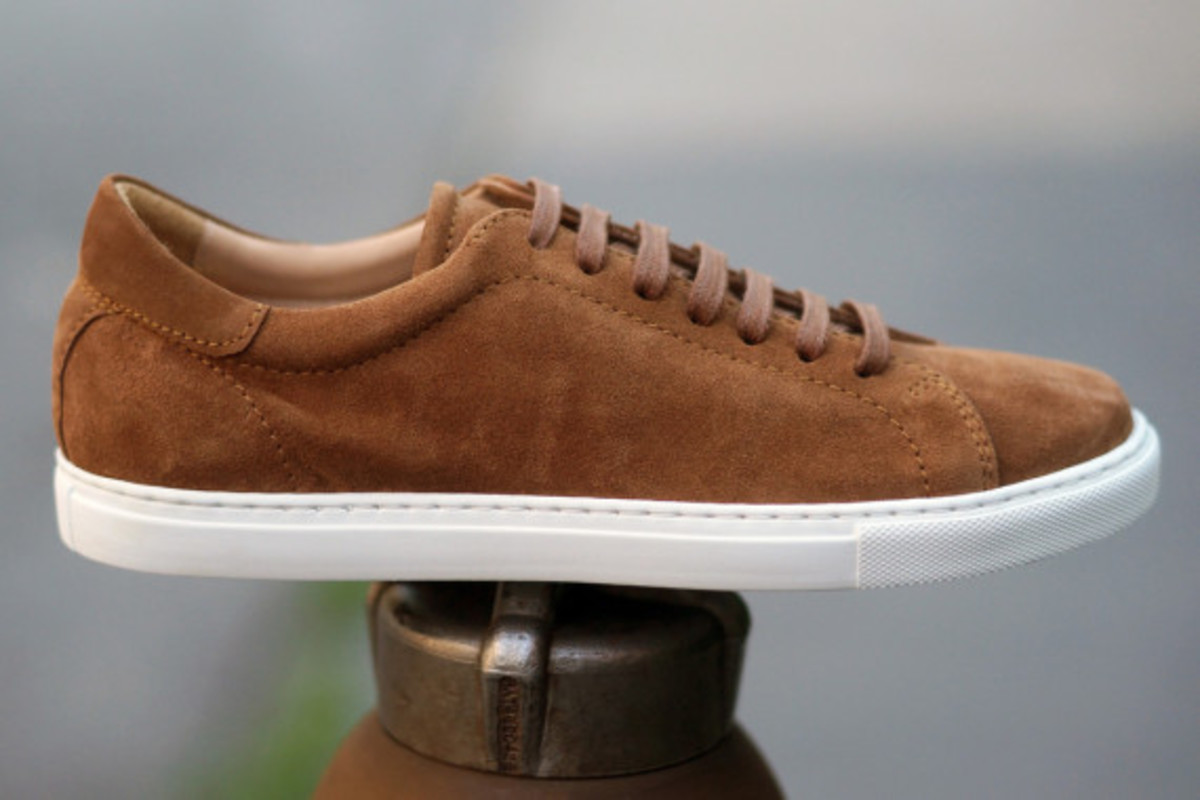 epaulet-tennis-shoe-13