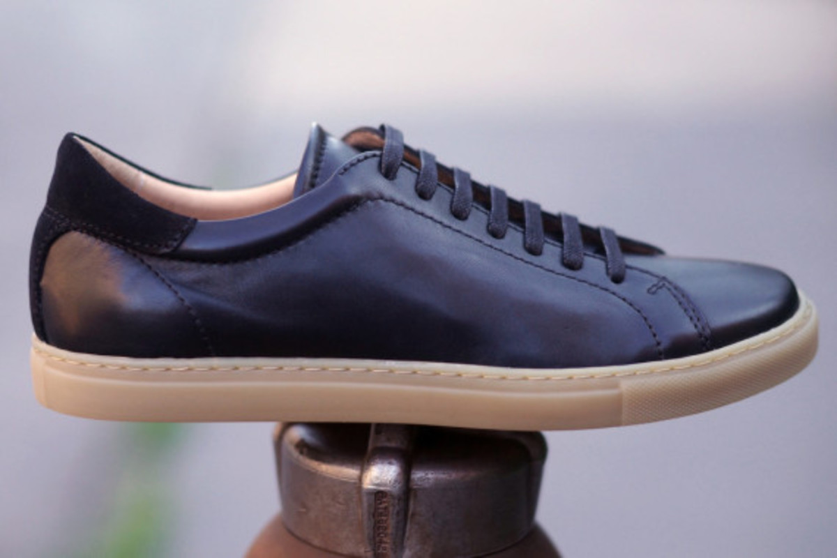epaulet-tennis-shoe-03