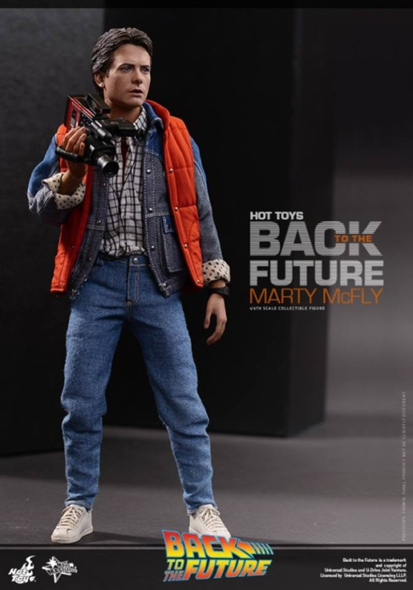 hot-toys-marty-mcfly-collectible-figure-02