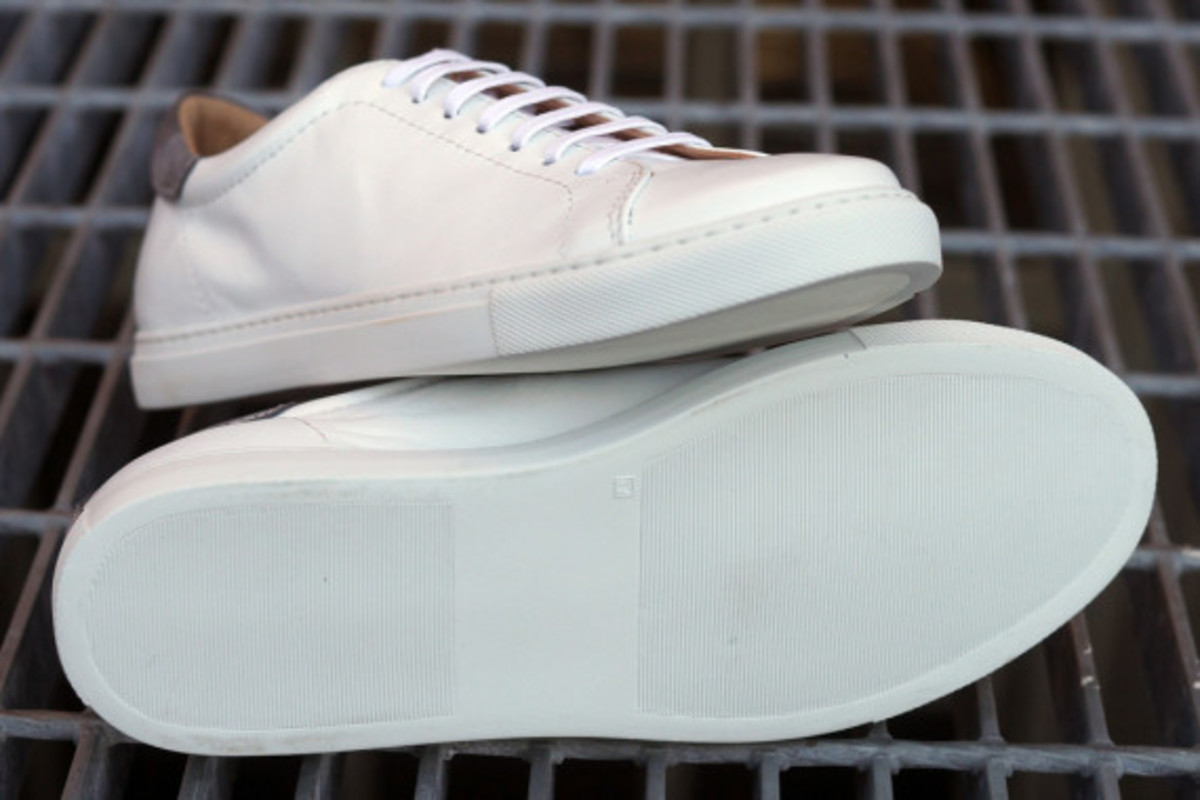 epaulet-tennis-shoe-11