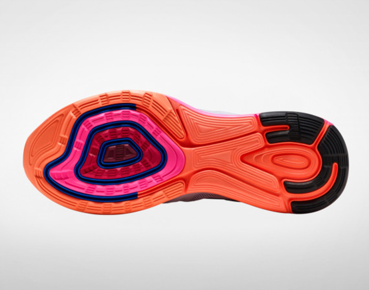 nike-unveils-the-lunarglide-6-f