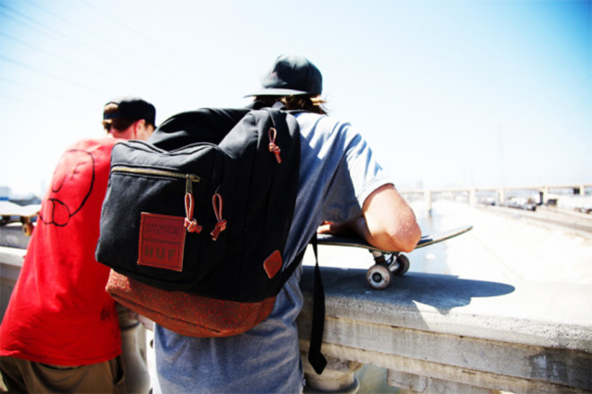 huf-red-wing-jansport-collaboration-pack-11