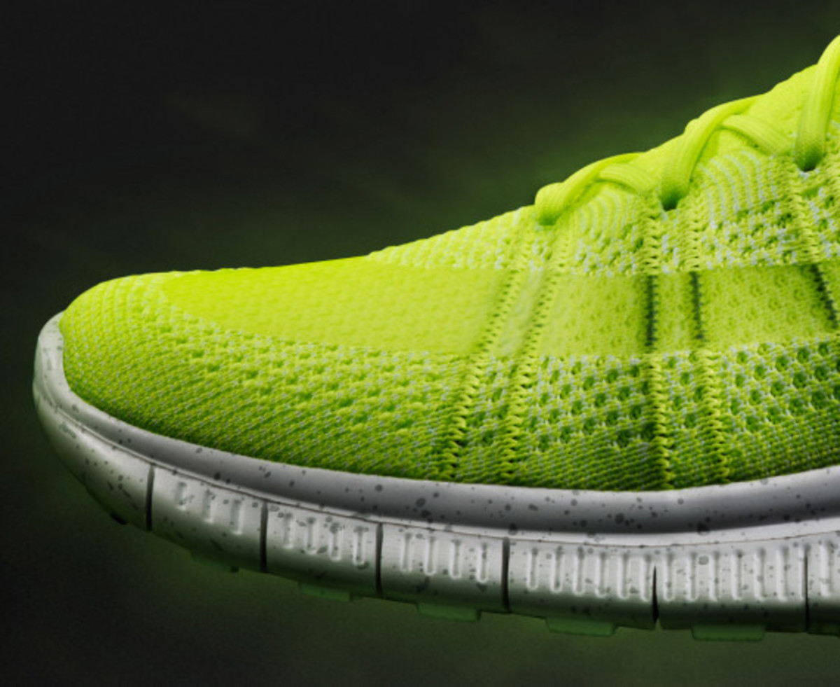 nike-free-mercurial-superfly-htm-volt-04